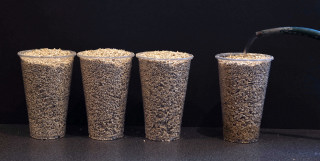Three parts dry vermiculite : 1 part wet